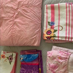 Disney princess comforter 5 piece set